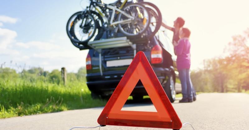 Mit vigyünk magunkkal az autóhoz, ha nyaralni indulunk?