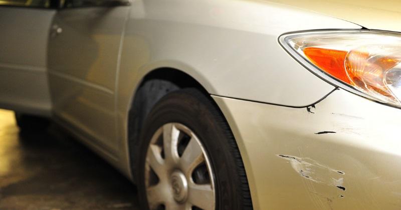 Kisebb javítások az autó külsején