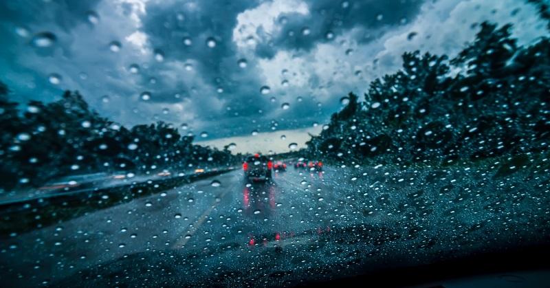 Hogyan vezess ködben, vagy esőben?