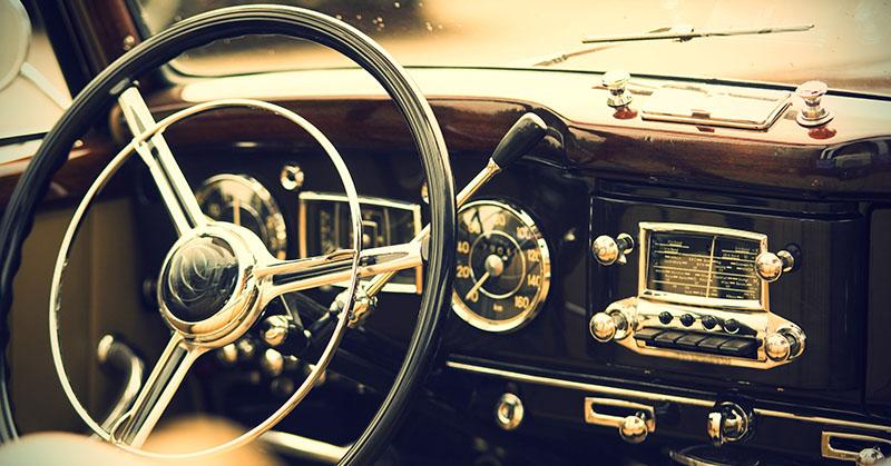 Mik az előnyei annak, hogyha klasszikus autót választunk?