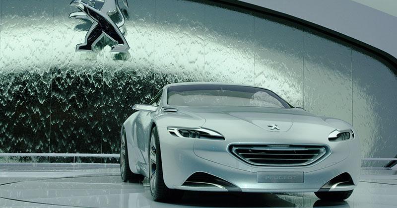 2025-től nem gyártanak belsőégésű motorral felszerelt Peugeot-t, Opelt és Citroënt