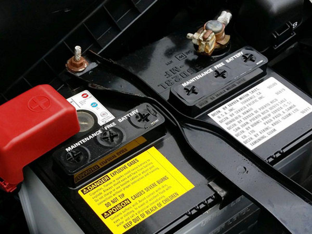 Mit Tegyunk Ha Lemerult Az Auto Akkumulatora Ka