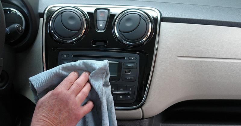 Miért fontos karbantartani az autónk belsejét is?
