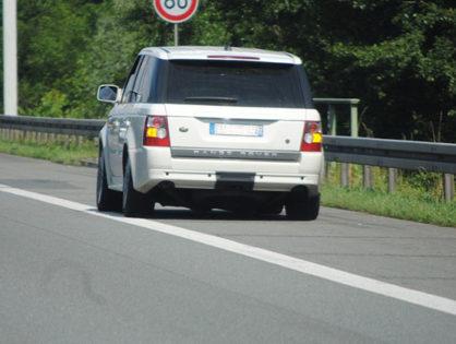 Mire kell figyelnünk, ha személyautónk az autópályán hibásodott meg?
