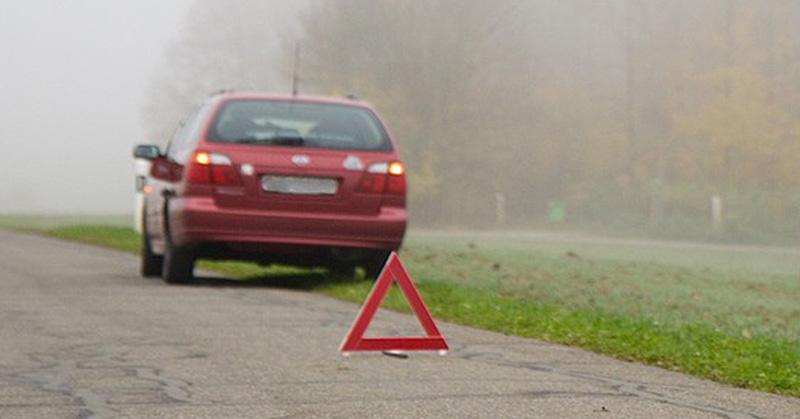 Ne kockáztassa testi épségét az útszéli defekt esetén