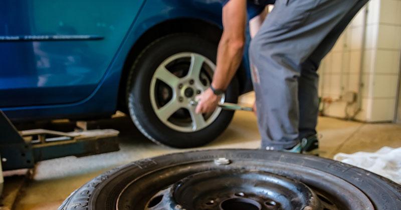 Profi kontra nem profi autó karbantartás