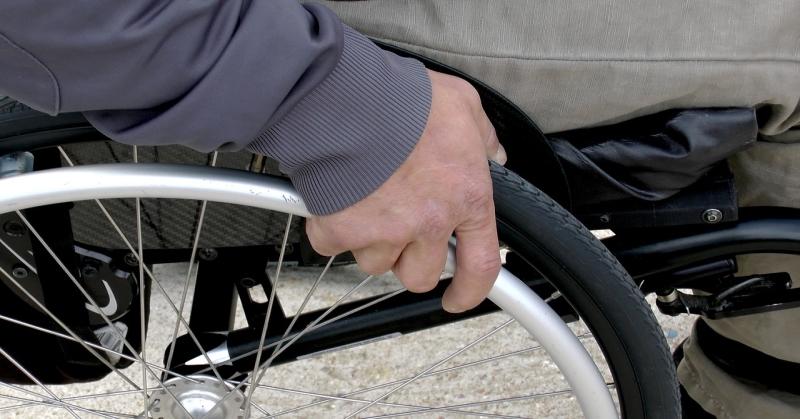 Százmilliós támogatás jut idén a mozgáskorlátozottaknak gépkocsi-beszerzésre