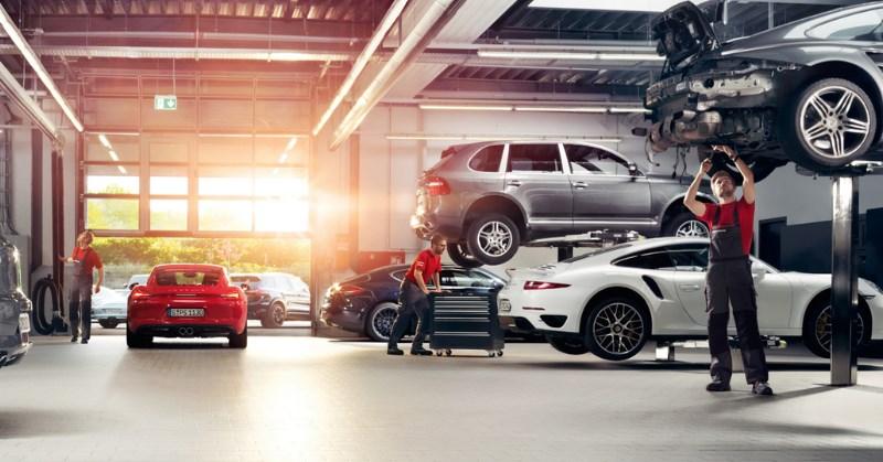 Új autó garanciális és kötelező szervizelése