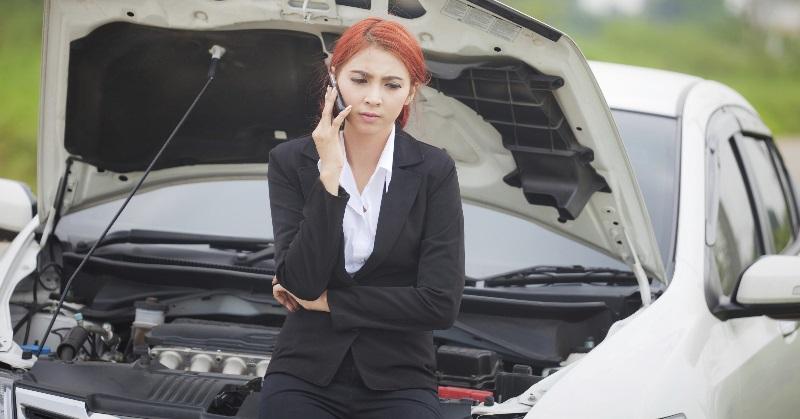 Ha az autó indítója működik, miért állhat le a motor?