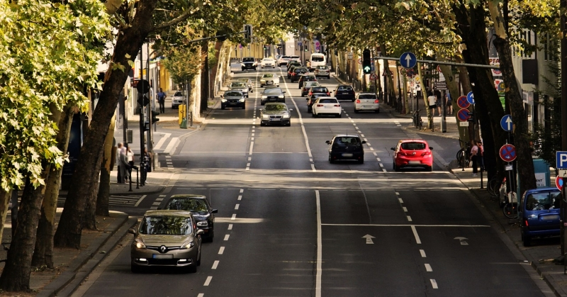 Elgondolkodtató adat: majdnem 14 év a magyar autók átlagéletkora