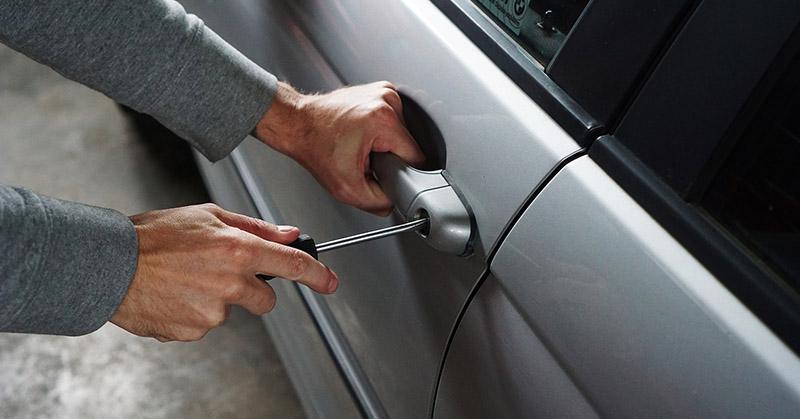 Mit tegyen, ha ellopják az autóját?