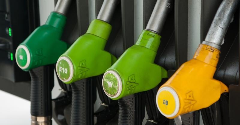 Új jelölések jelentek meg a benzinkutakon októbertől