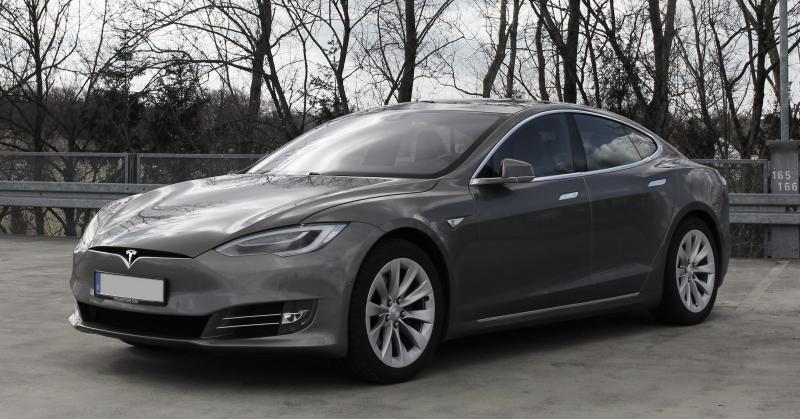 Hihetetlen, de igaz: részben orosz lehet a Tesla