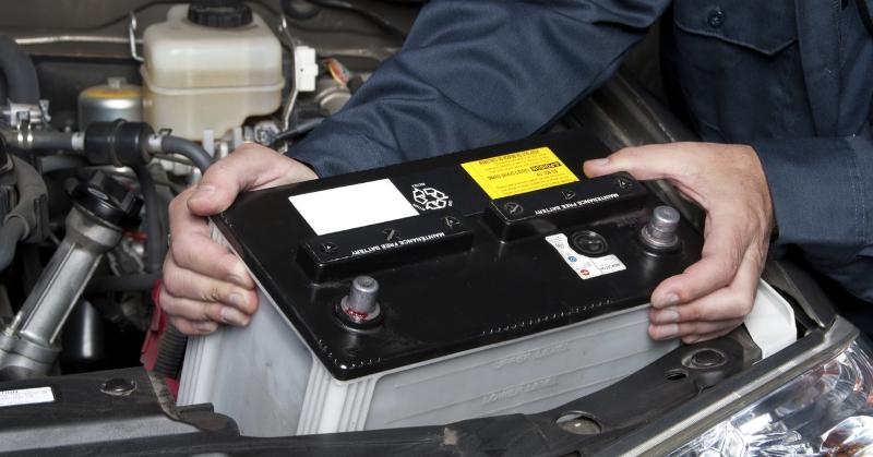 Akkumulátor csere az autóban