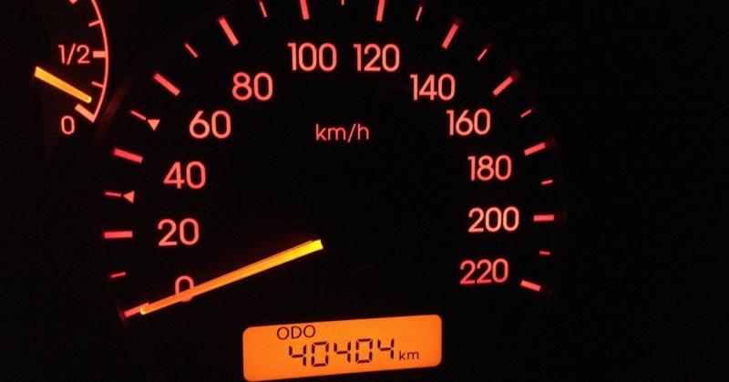 Kilométerszám vs. évjárat – melyik számít jobban?