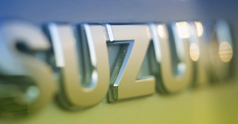 Jönnek az új hibrid Suzukik