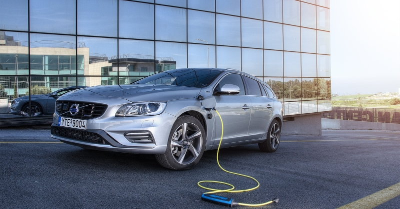 Visszafordíthatatlannak tűnik az elektromos autók térhódítása